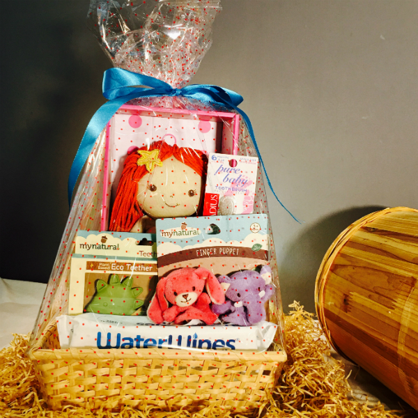 Organic Hamper for Baby (A) – Perfect for Baby Showers!